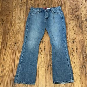 Levi's Bootcut size 14
